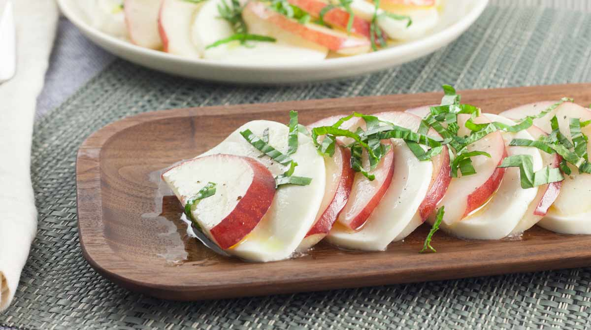 Union-Market-Peach-Caprese-Salad-recipe-1200px
