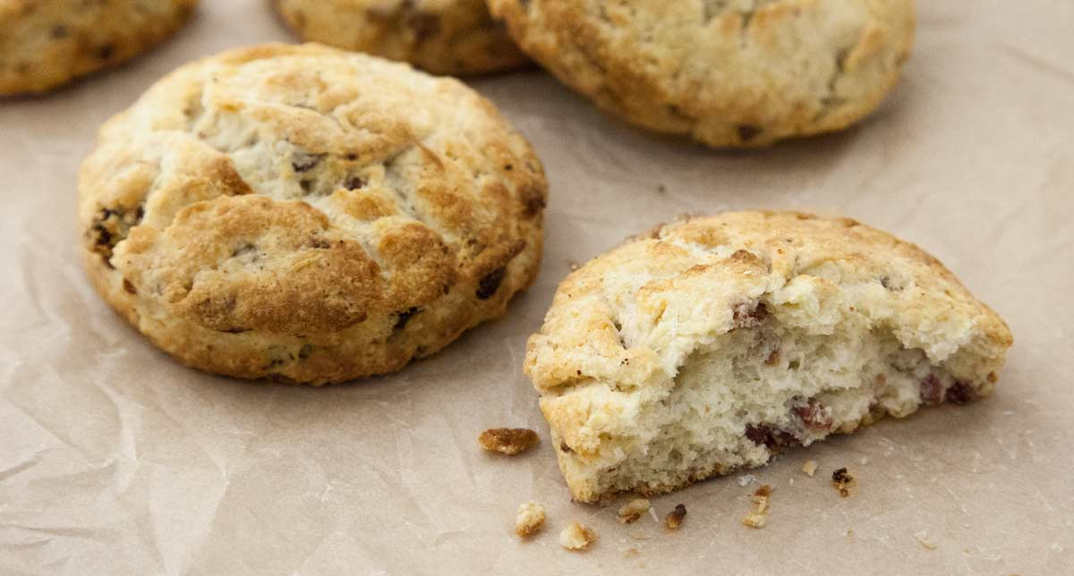 Union-Market-Smoked-Bacon-Biscuit-recipe-1200px