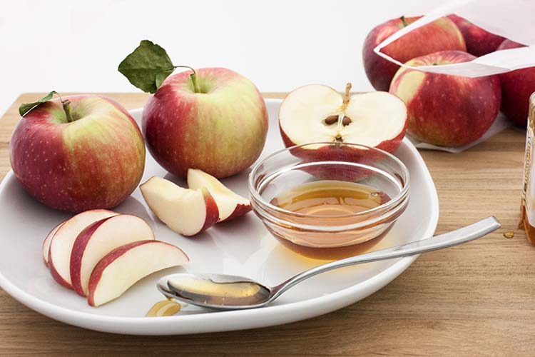 Union Market - Apples and Honey for Rosh Hashanah